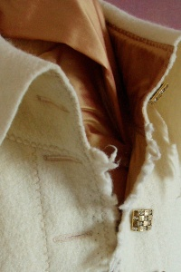 thick-wooljacket-short-detailcreme